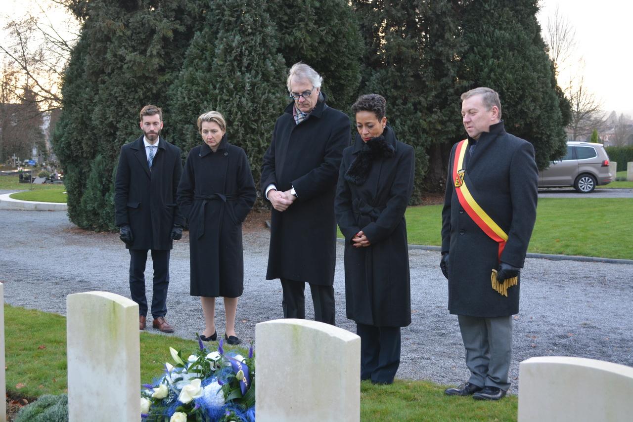 2018 12 12 - Namur, visite de Mme la Ministre Girault - hommage Slt Filiatreault